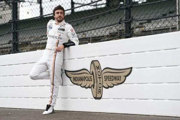 Fernando Alonso se pripravlja na dirko Indy 500