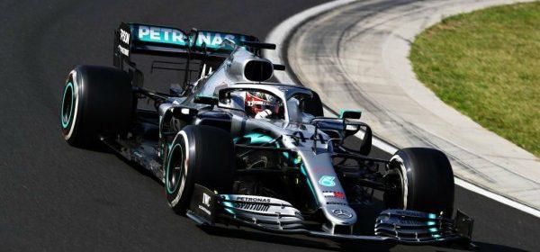 Video: Beating Lewis Hamilton to Win the Hungaroring thumbnail