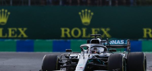 Hamilton won the Hungarian Battle with an extra stop and won the Hungaroring thumbnail