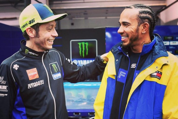 Hamilton komaj čaka, da F1 bolid zamenja za motocikel Moto GP