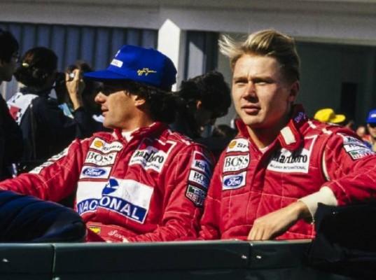 """Video: Ko je Mika Hakkinen rekel Ayrtonu Senni, da potrebuje """"večja jajca"""""""
