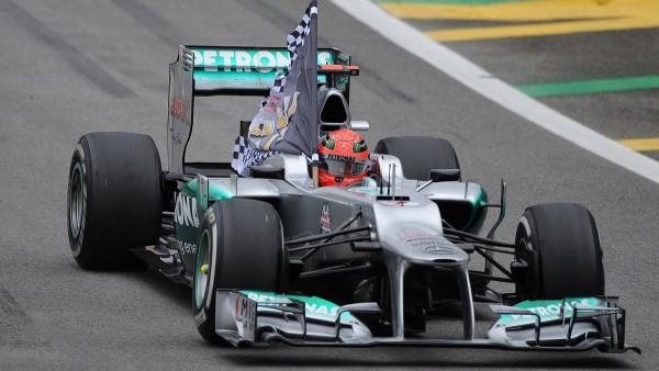 Video: Michael Schumacher s karirasto zastavico zadnjič zapeljal iz garaže