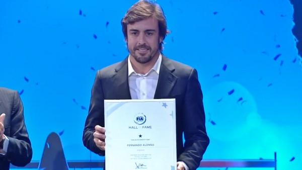 Fernando Alonso kot prvi še drugič sprejet v dvorano slavnih