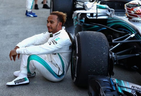 Lewis Hamilton: The pollution caused by cow farming is greater than that caused by cars thumbnail